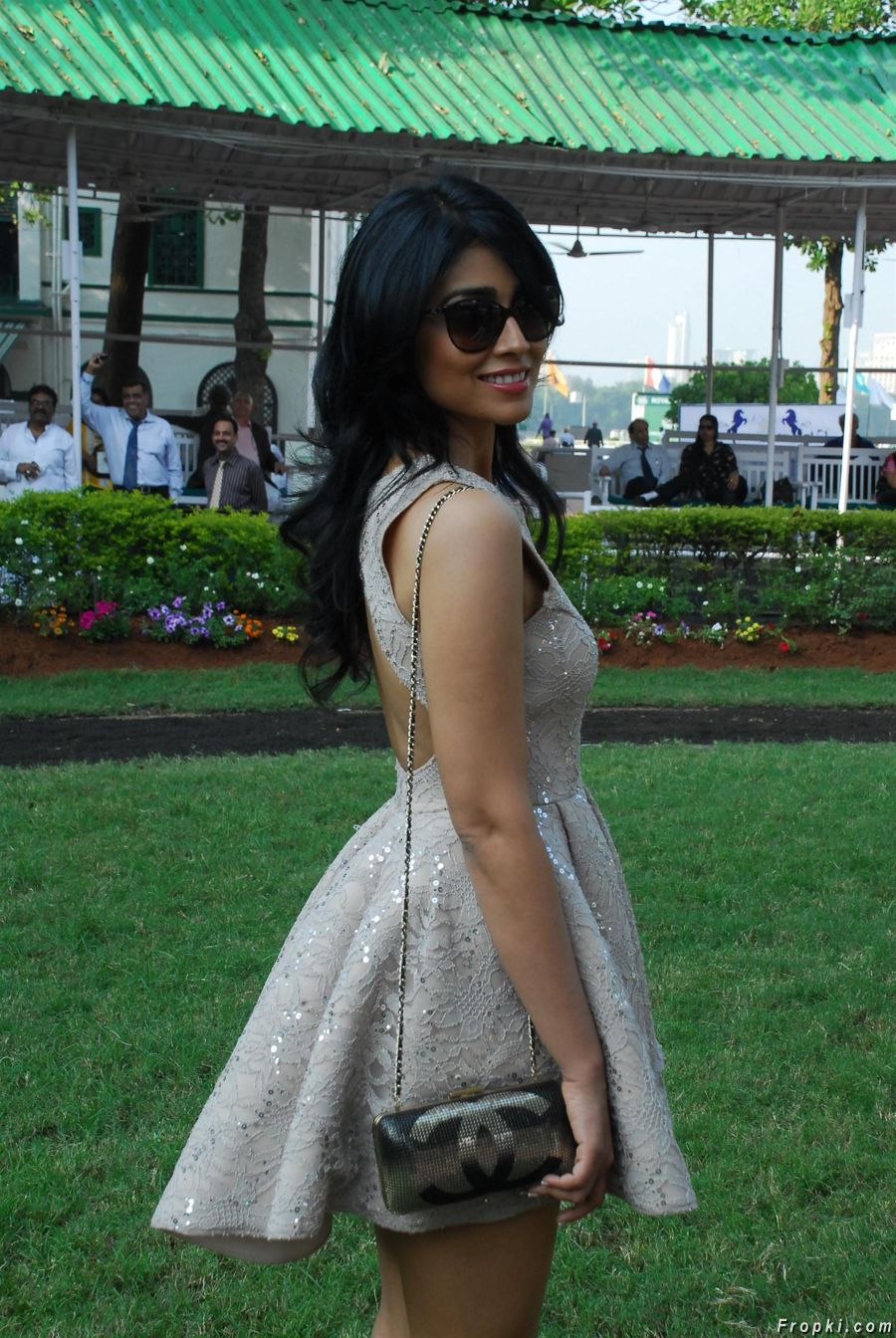 Shriya at ABC Nucleus Indian 2000 Guineas Event