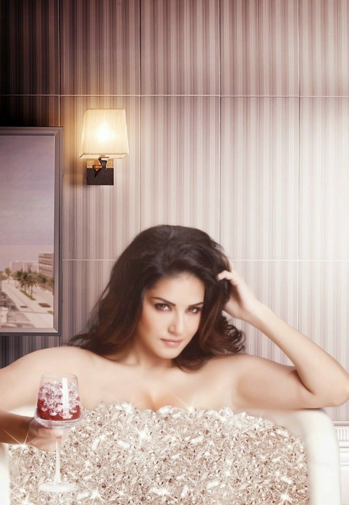 Sunny Leone's Beimaan Love Movie First Look