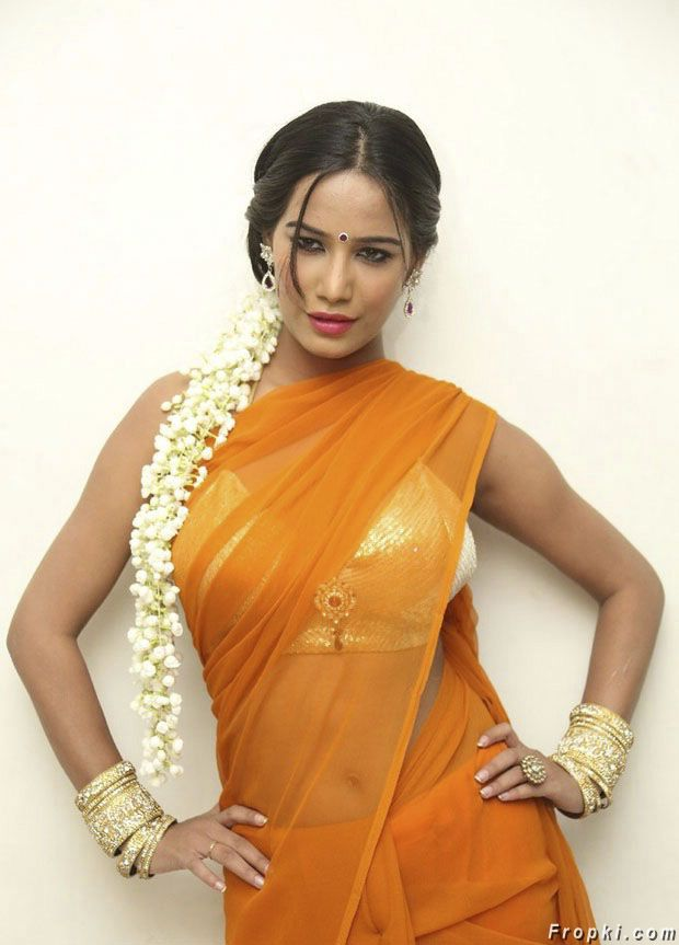 Poonam Pandey Yellow Saree Photo Gallery