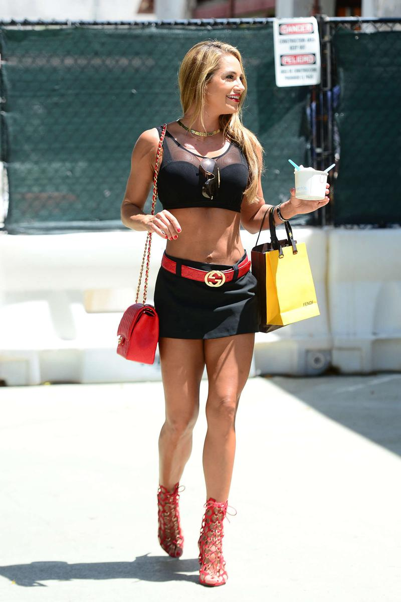 Jennifer Nicole Lee Out and about in Miami