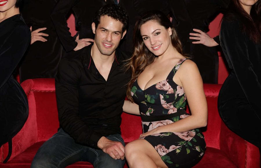 Kelly Brook - Attending Show at the Crazy Horse