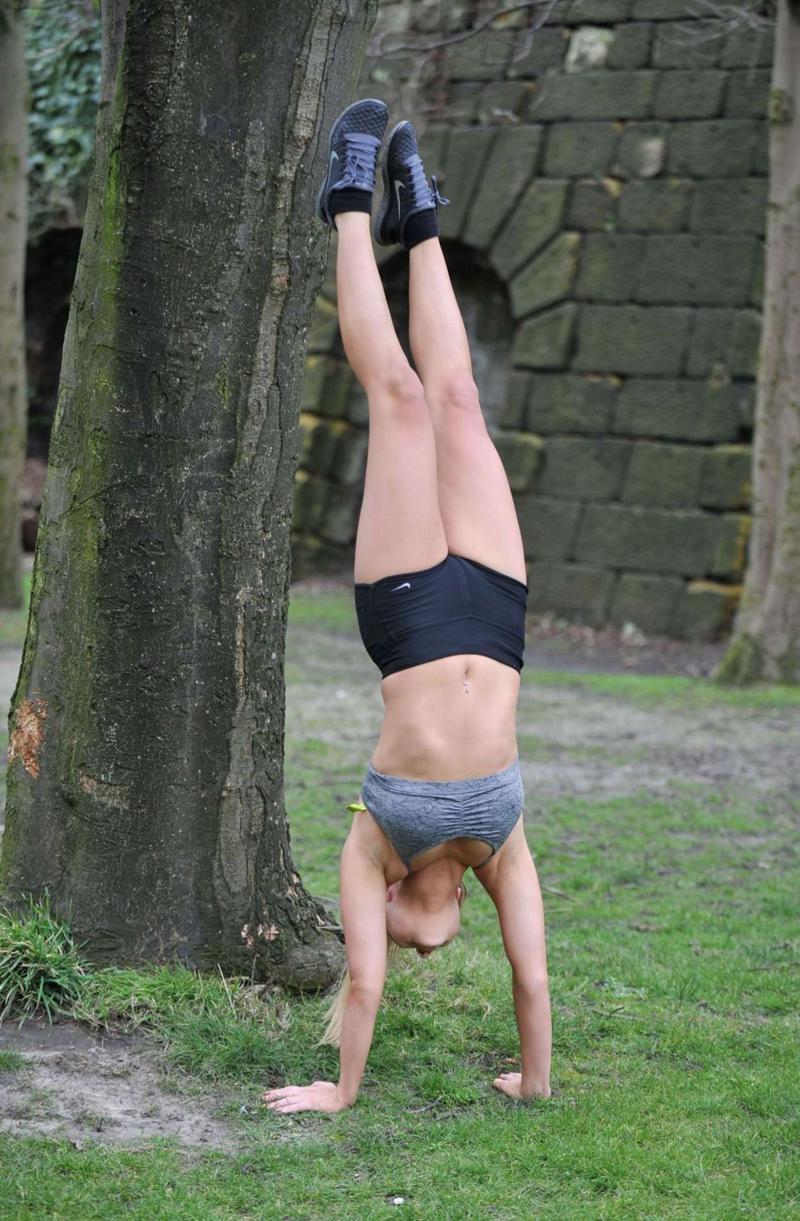 Melissa Reeves Working Out in London