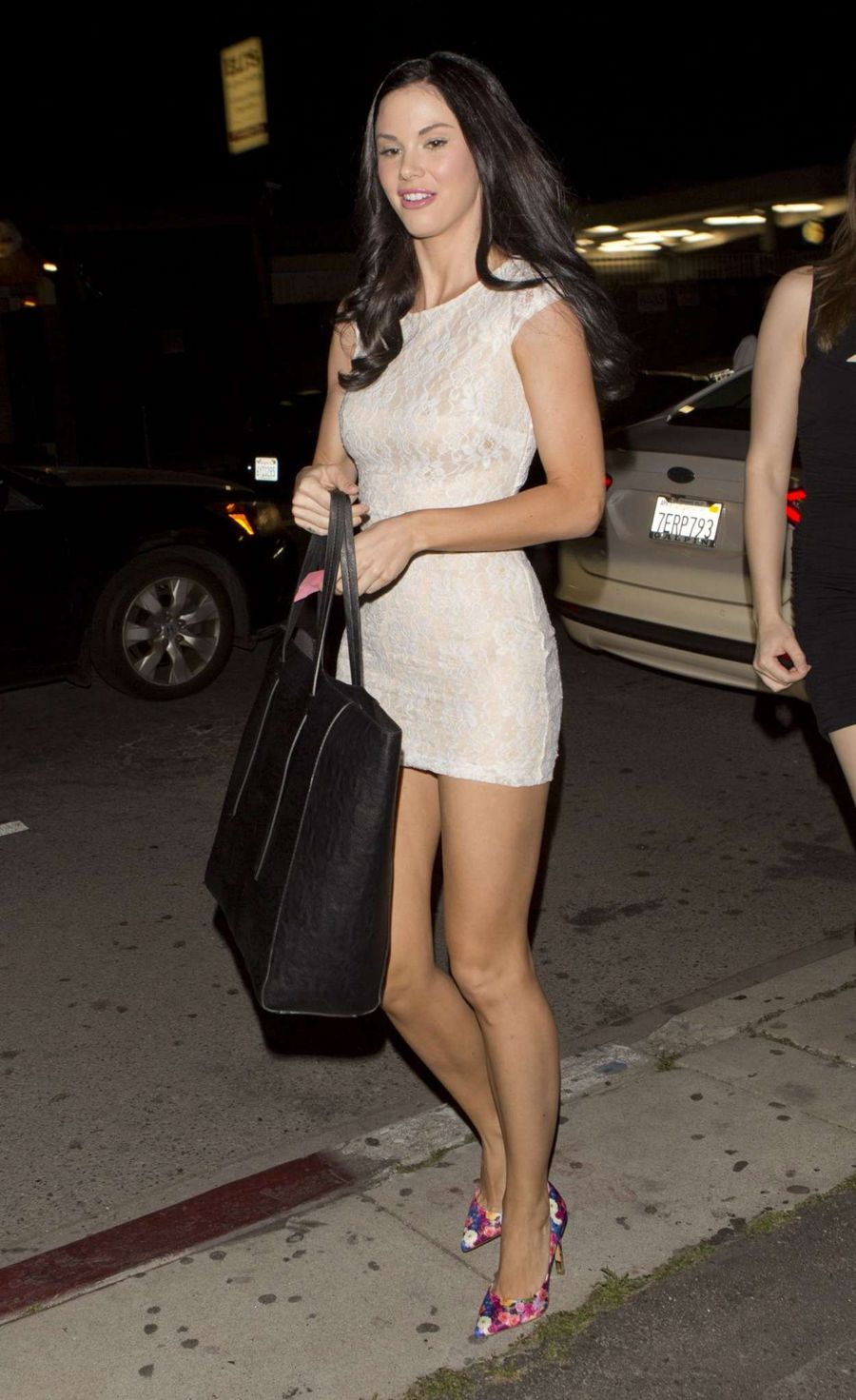 Jayde Nicole - Leaves Toca Madera Mexican Restaurant