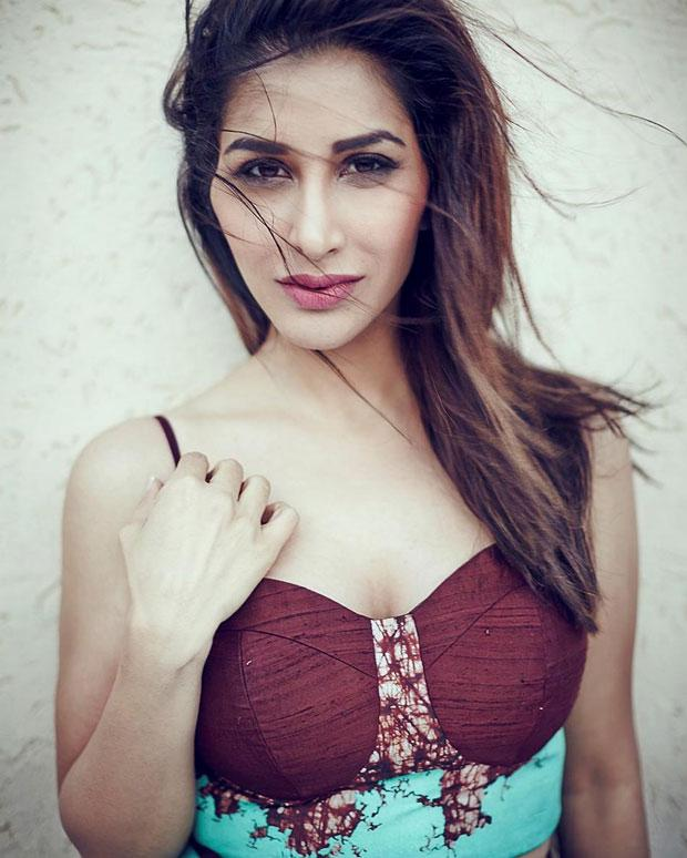 Sophie Choudry poses for Mandate Magazine