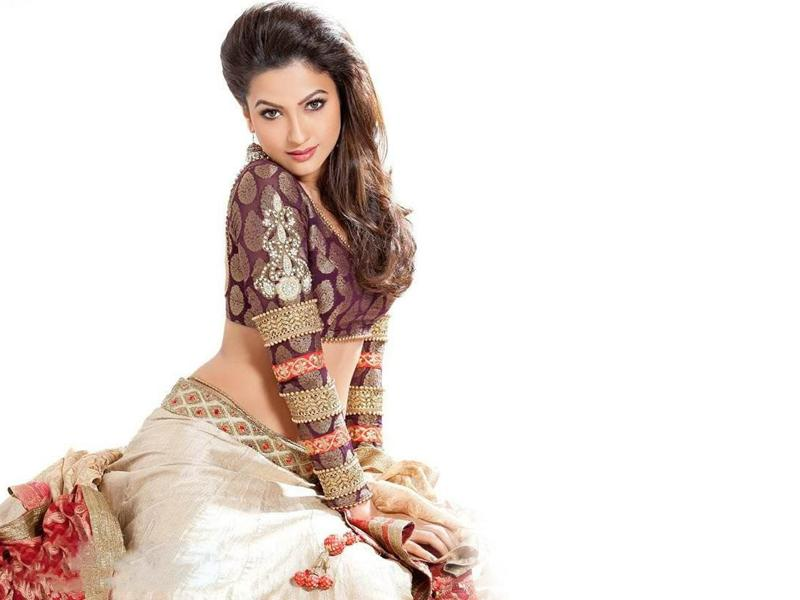 Top Sexiest and Hottest Indian TV Actresses 2015