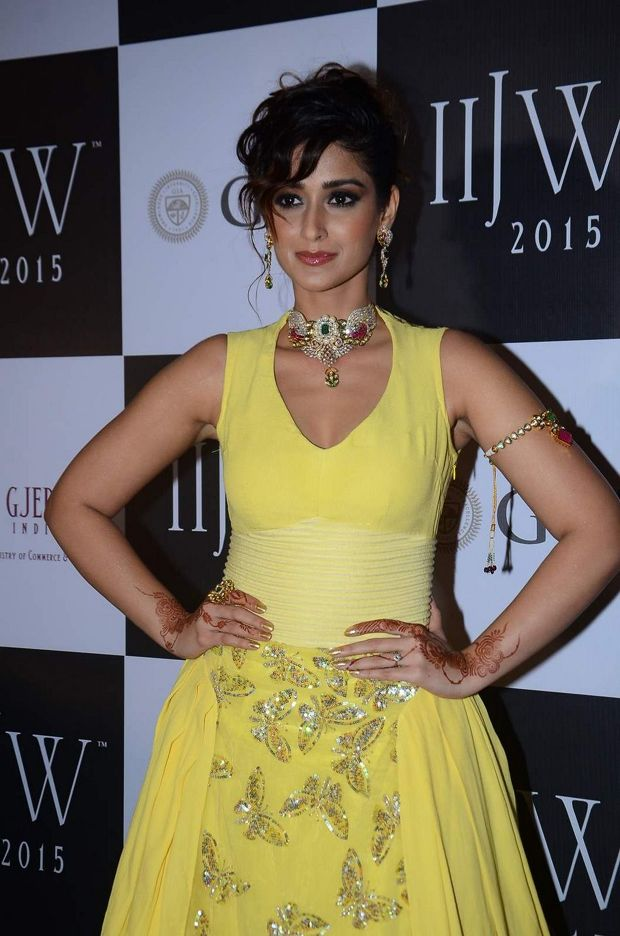 Ileana walks the ramp at IIJW 2015
