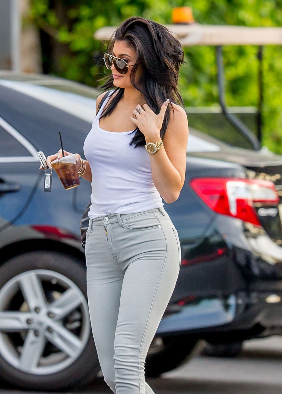 Kylie Jenner in Tight Jeans Out in Calabasas