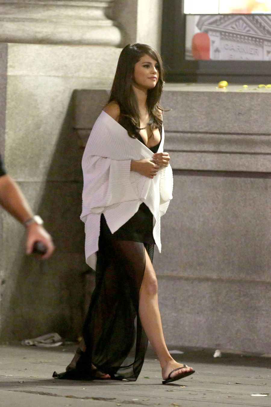 Selena Gomez - Filming 'Same Old Love' Music Video