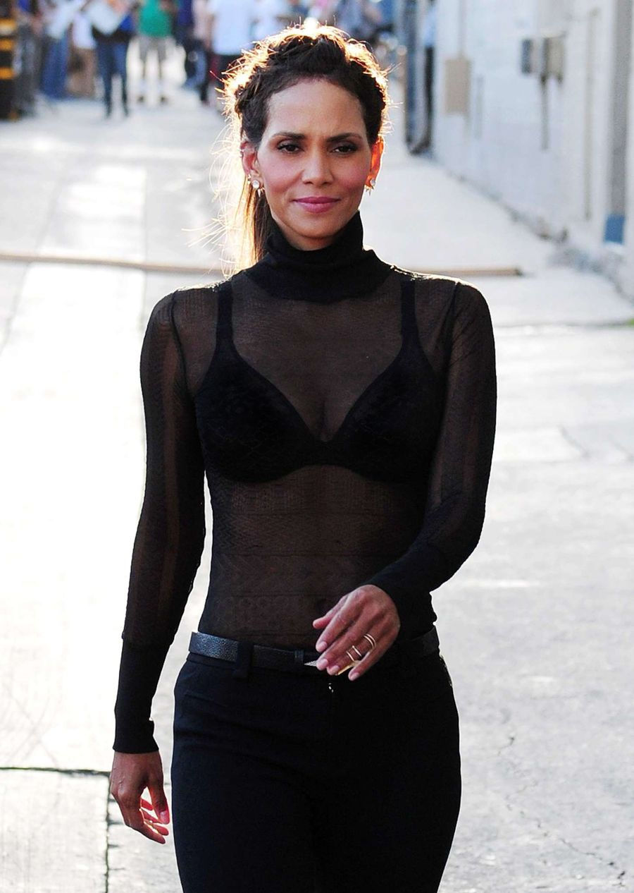 Halle Berry - Arrives at 'Jimmy Kimmel Live'