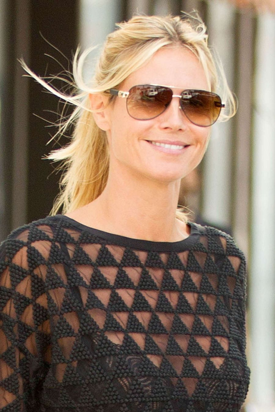 Heidi Klum - Leaving her apartment in NYC