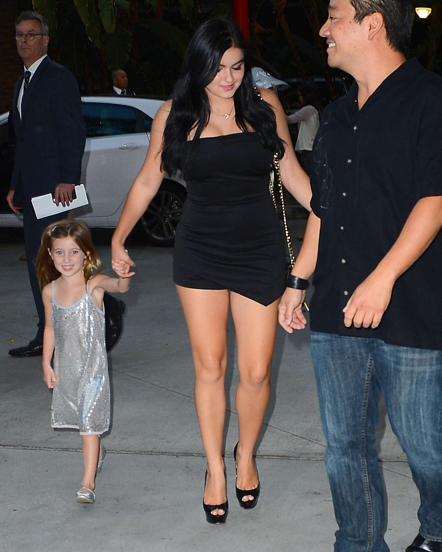 Ariel Winter - Bahama Hosts Event For Taylor Swift