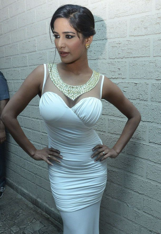 Poonam Pandey at India Resort Fashion Week