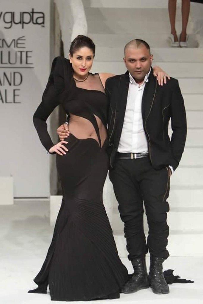 Kareena Kapoor as the showstopper at Lakme Fashion Week