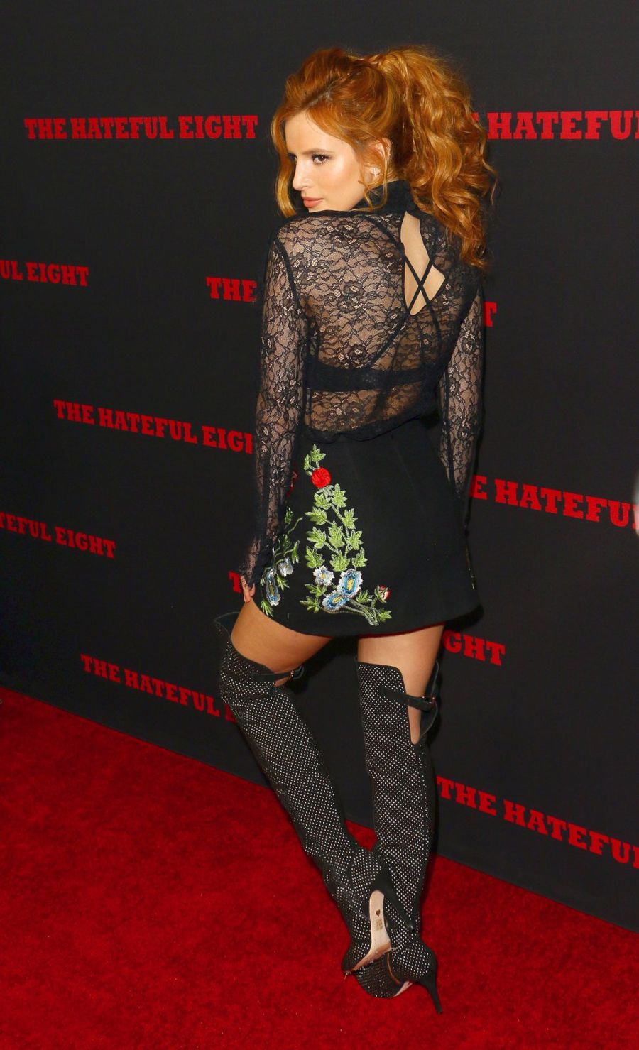 """Bella Thorne """"The Hateful Eight"""" Premiere in Hollywood"""