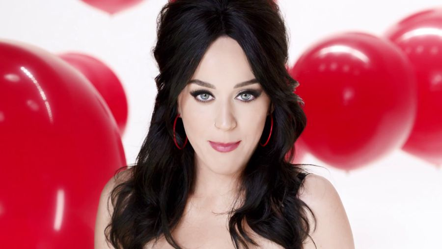 "Katy Perry - New Covergirl Commercial ""Plumpify"""