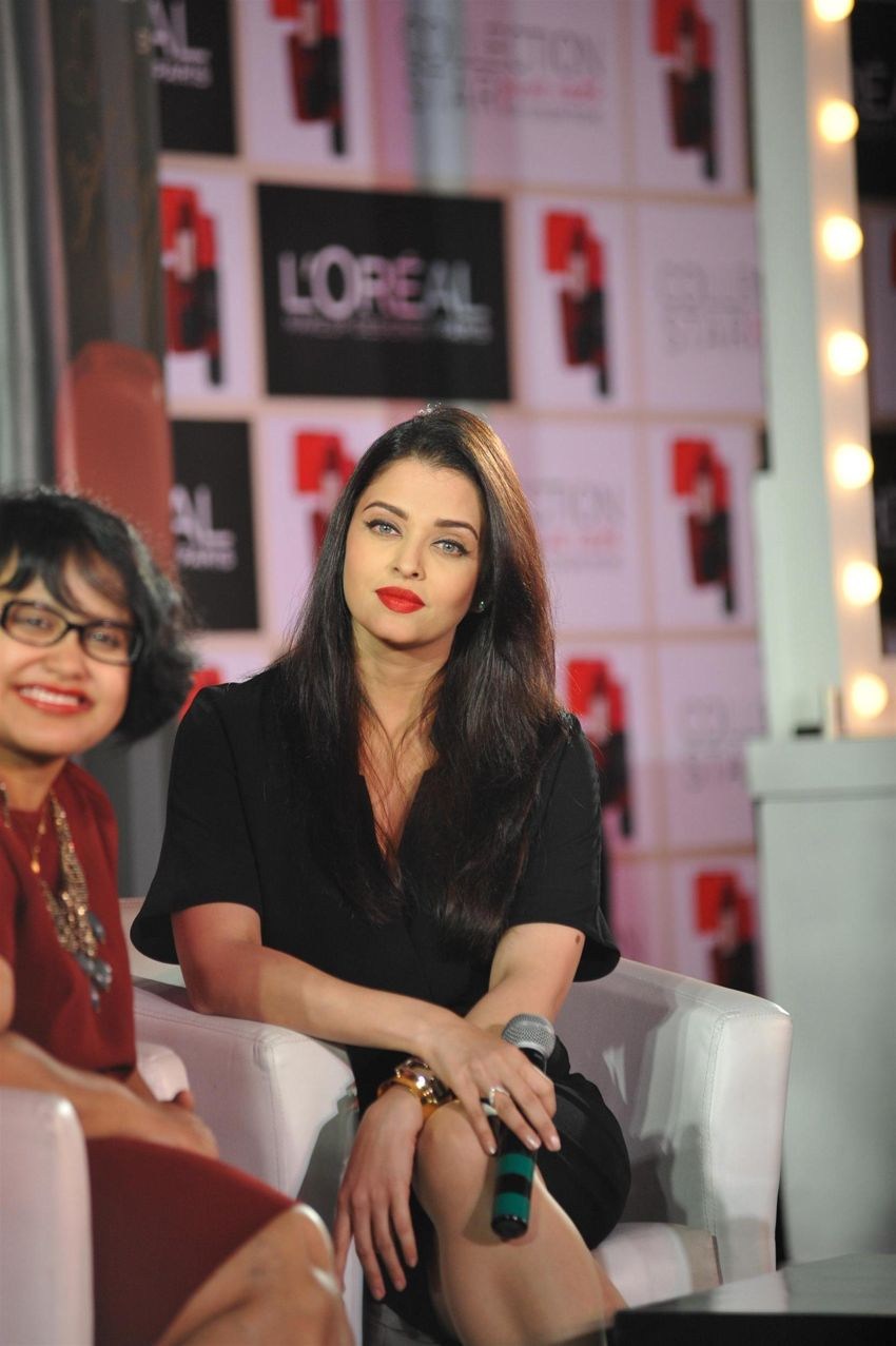 Aishwarya Rai Bachchan says red lips exude power