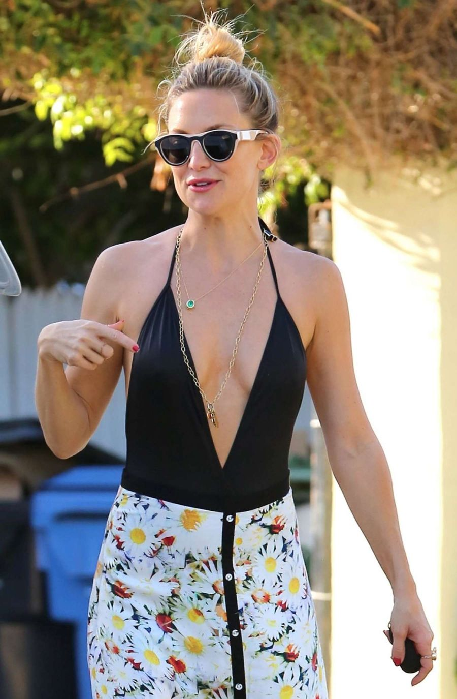 Kate Hudson Dons a Daring Black Dress in Brentwood