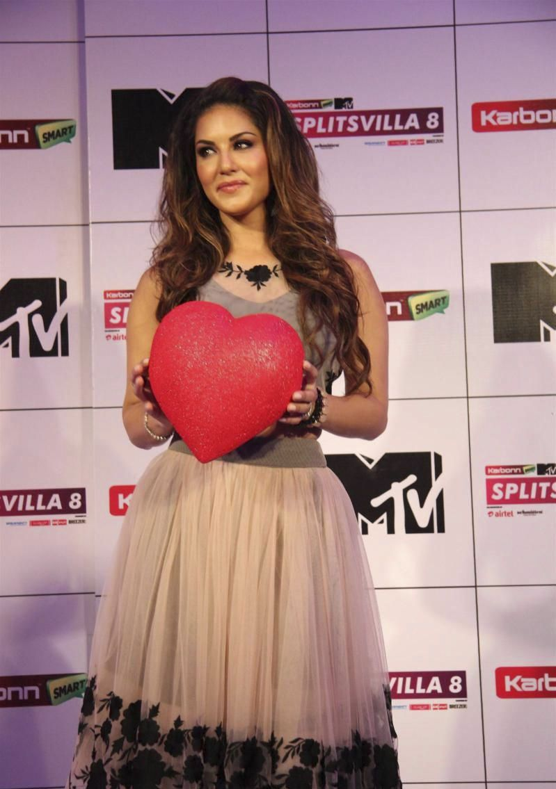 Sunny at MTV Splitsvilla 8 Press Conference Photos