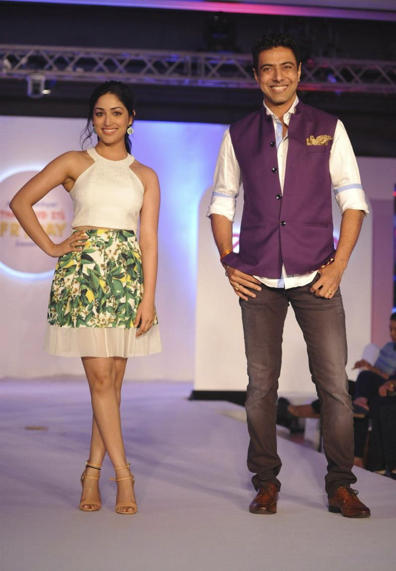 Yami Gautam launches Food and Fashion Show