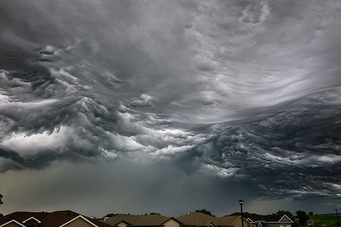 Amazing Clouds That Look Like Dragons, Dogs, etc.