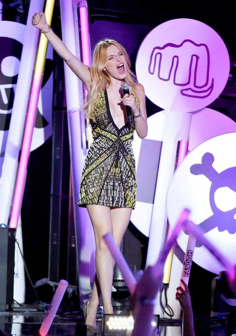 Bella Thorne - MTV Fandom Awards in San Diego