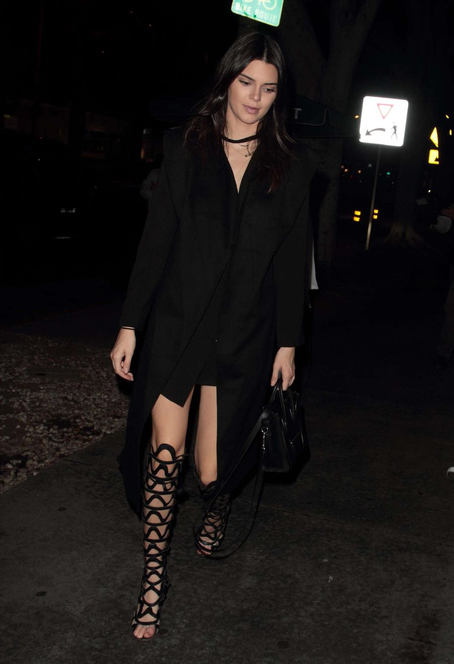 Kendall Jenner - Out For Dinner at Madeo in Hollywood