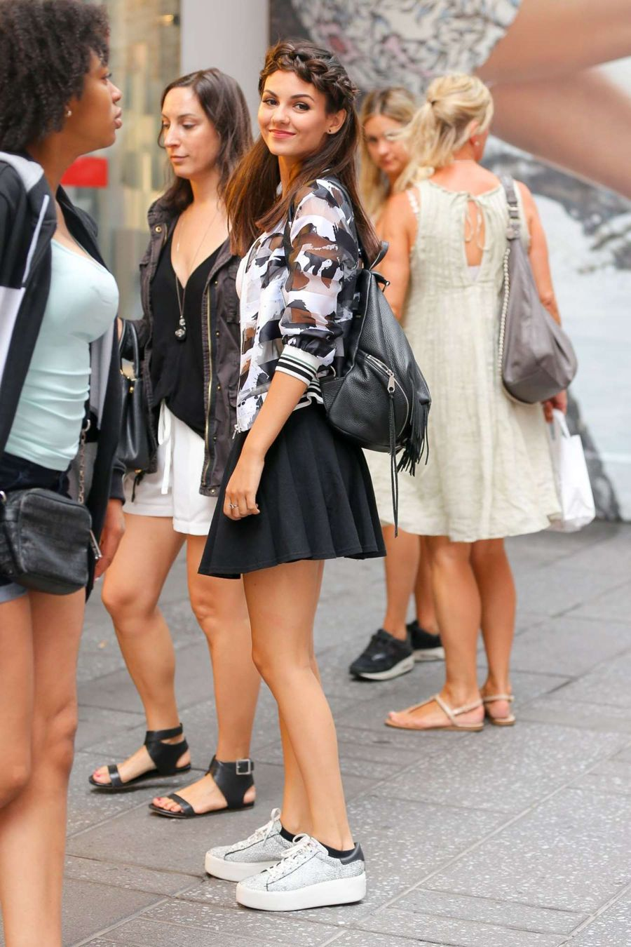 Victoria Justice Shows Off Toned Belly in Mini Skirt