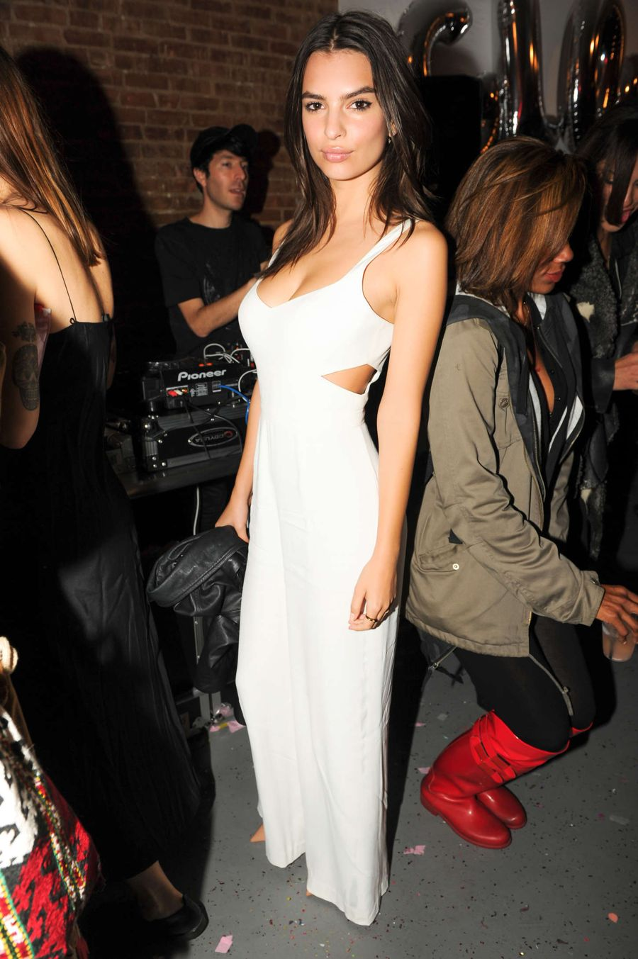 Emily Ratajkowski - GLOSSIER Launch Party in NY