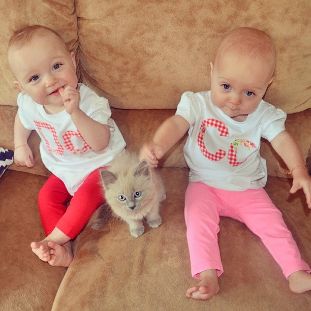 FRUSTRATED Mom Adds FAQ Signs To Her Twins