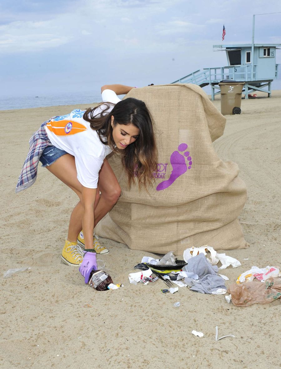 Nikki Reed - Barefoot Wine Beach Rescue Project