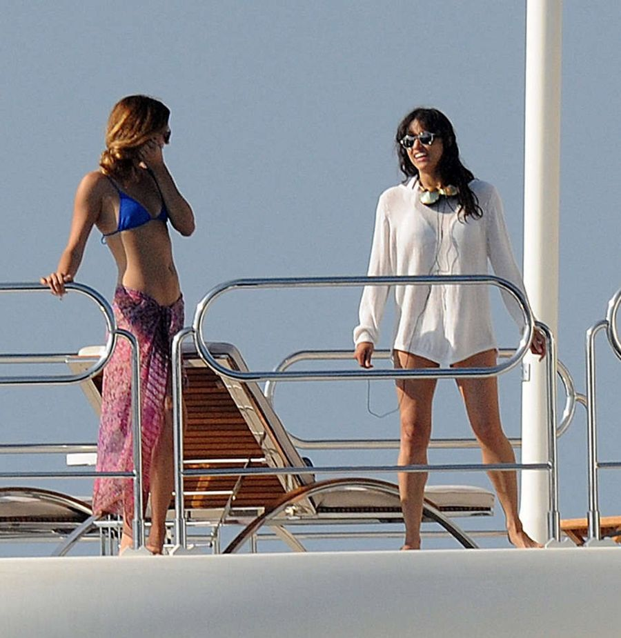 Michelle Rodriguez Parties with Friends on a Yacht