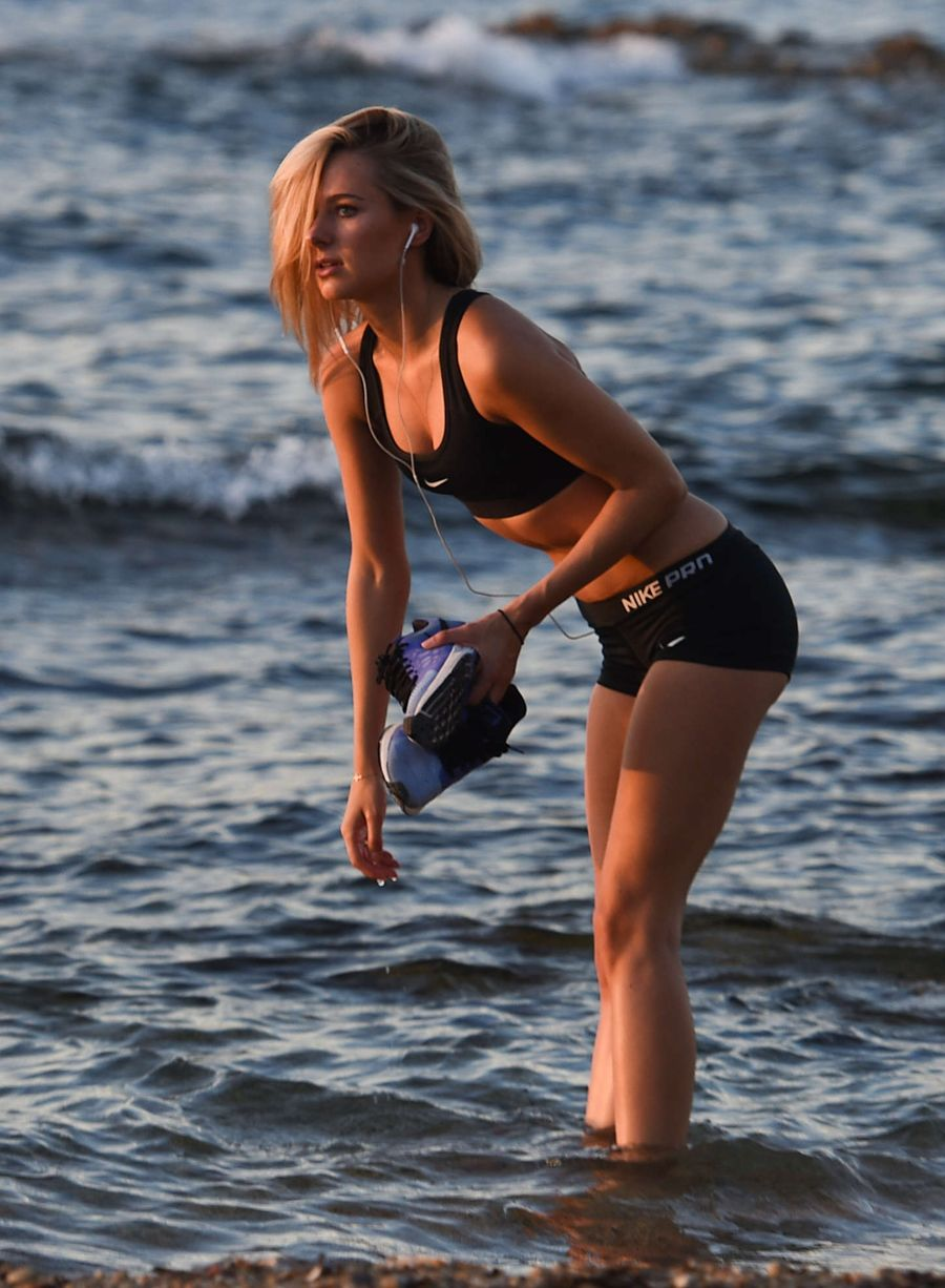 Kimberley Garner - Workout in St. Tropez