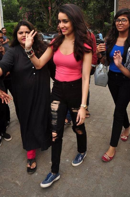Shraddha Kapoor Promotes ABCD 2 with her Funk On