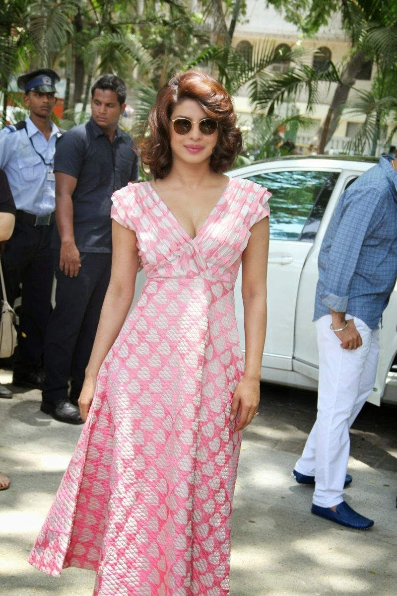 """Priyanka at a special brunch to promote """"Dil Dhadakne Do"""""""