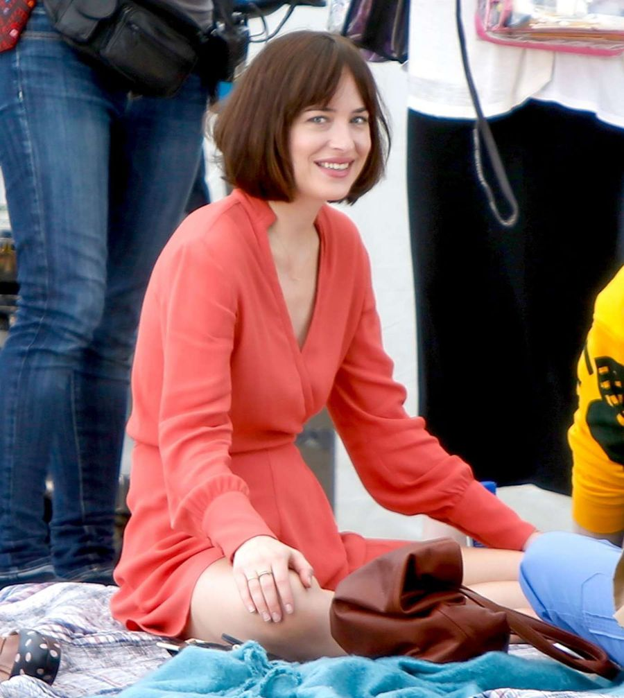 Dakota Johnson on 'How To Be SIngle' Set