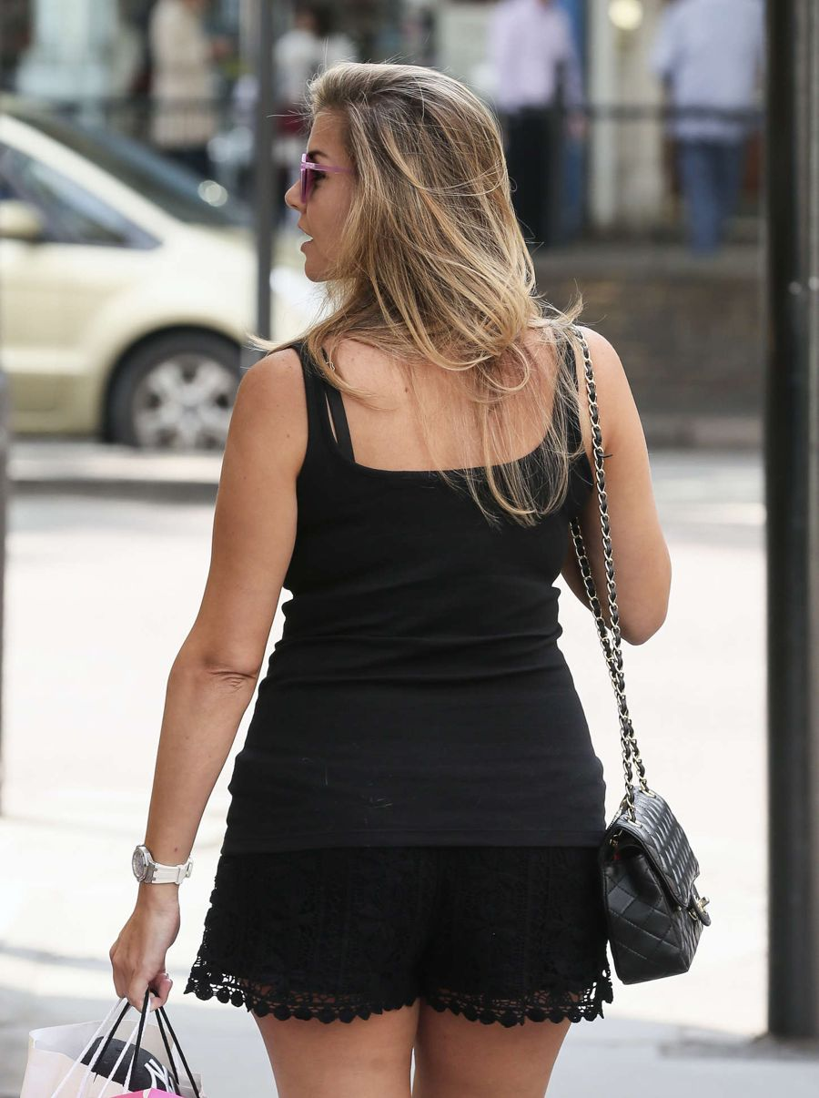 Pregnancy Imogen Thomas out for Shopping in London