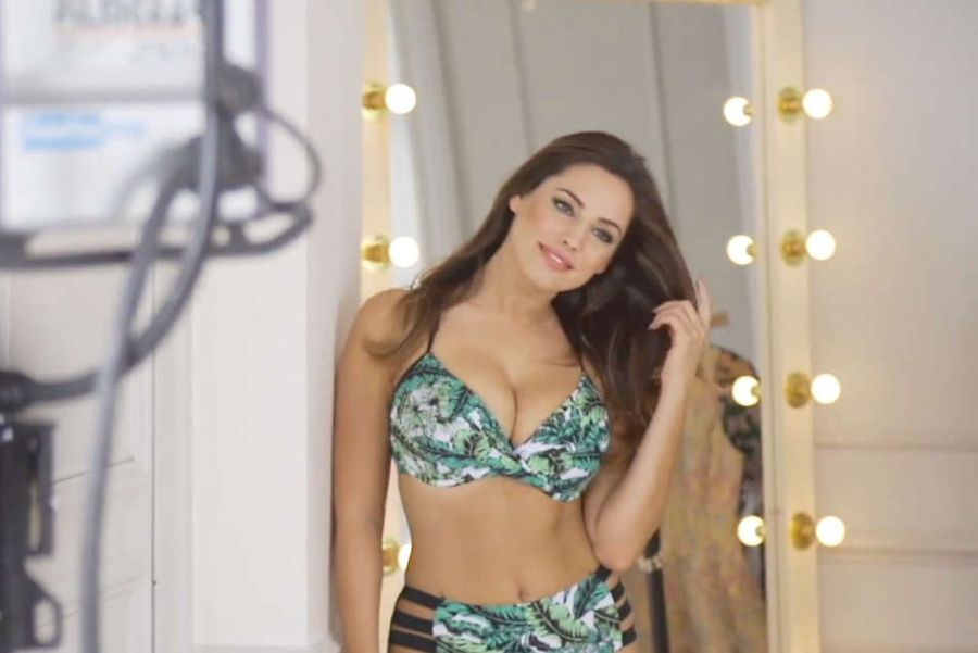 Kelly Brook - Photoshoot for Atkins