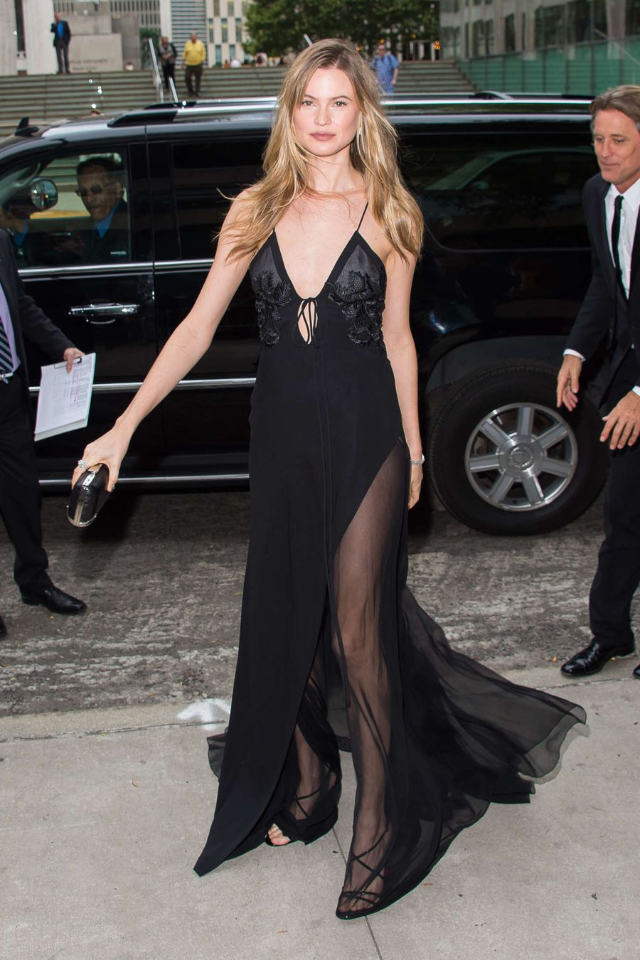 Behati Prinsloo - 2015 Fragrance Foundation Awards