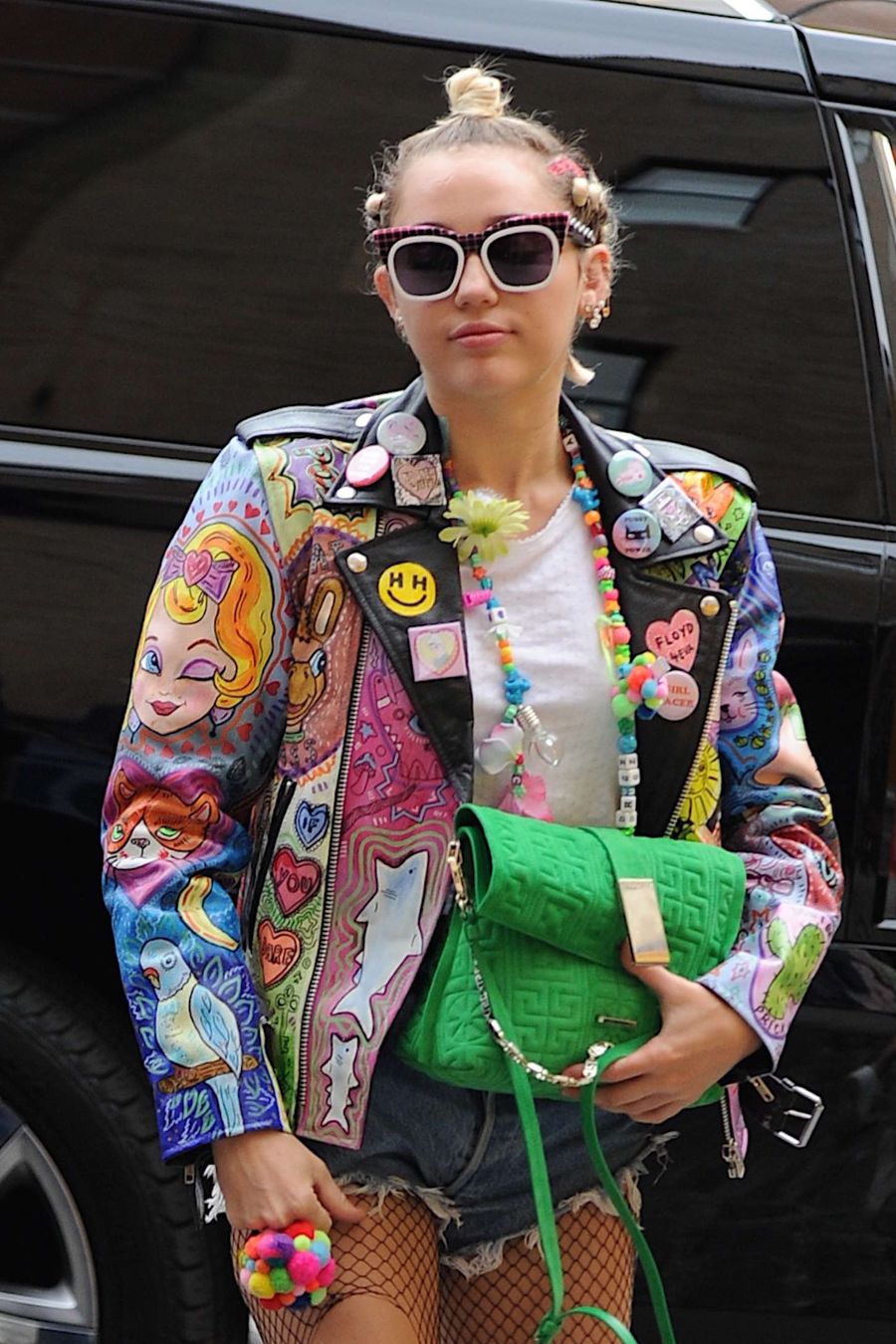 Miley Cyrus' Ripped Fishnets: Stylin' Or Sloppy?