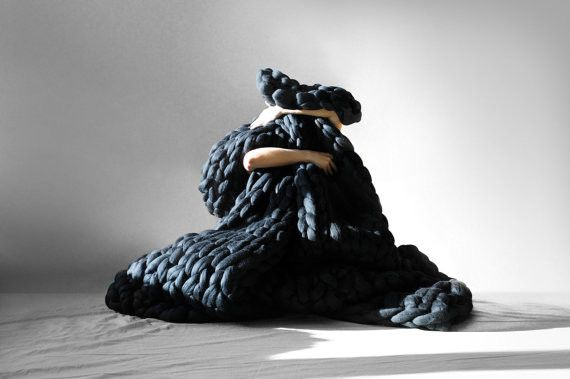 Super-Giant Knit Blankets Look Really Comfy