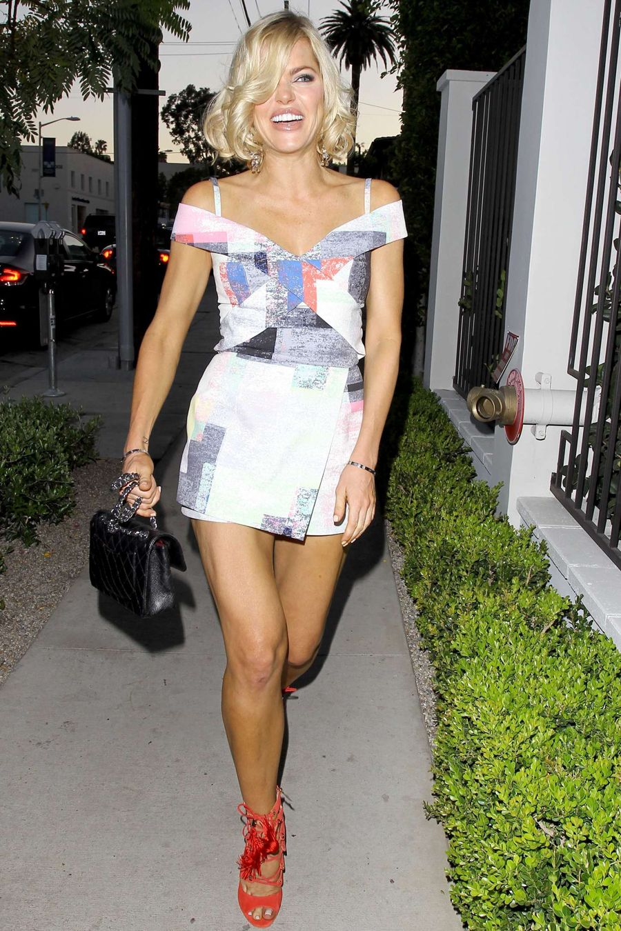 Sophie Monk - Gracias Madre Restaurant in Hollywood