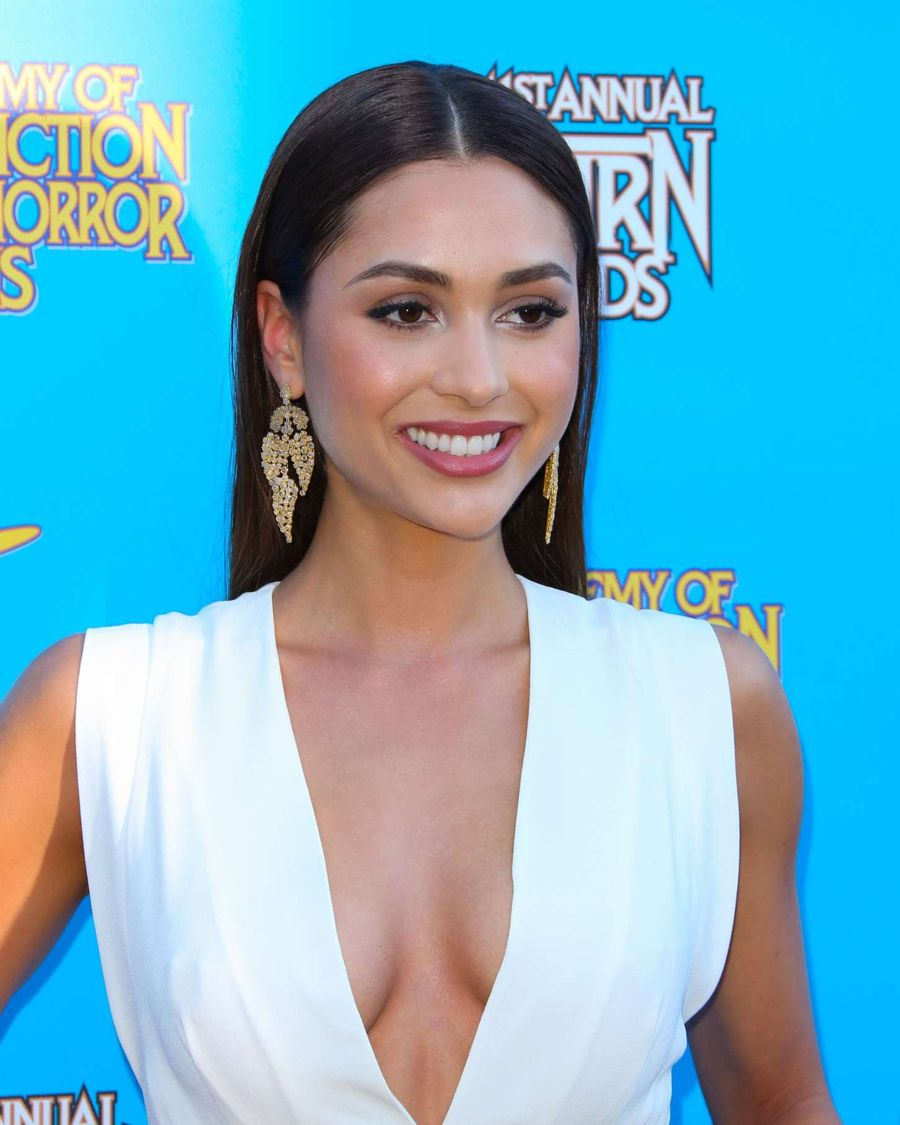 Lindsey Morgan - 41st Annual Saturn Awards in Burbank