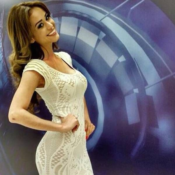 Photos Of Yanet Garcia, Hot Weather Reporter - Page 10