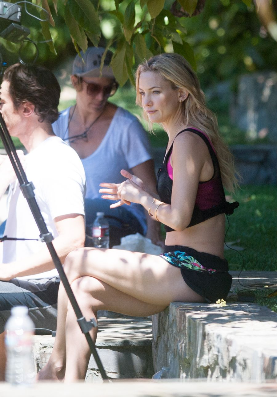 Kate Hudson - Doing a photoshoot in LA