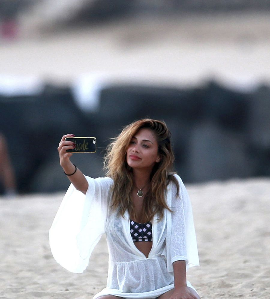 Nicole Scherzinger Poses in Bikini for Selfie on Beach