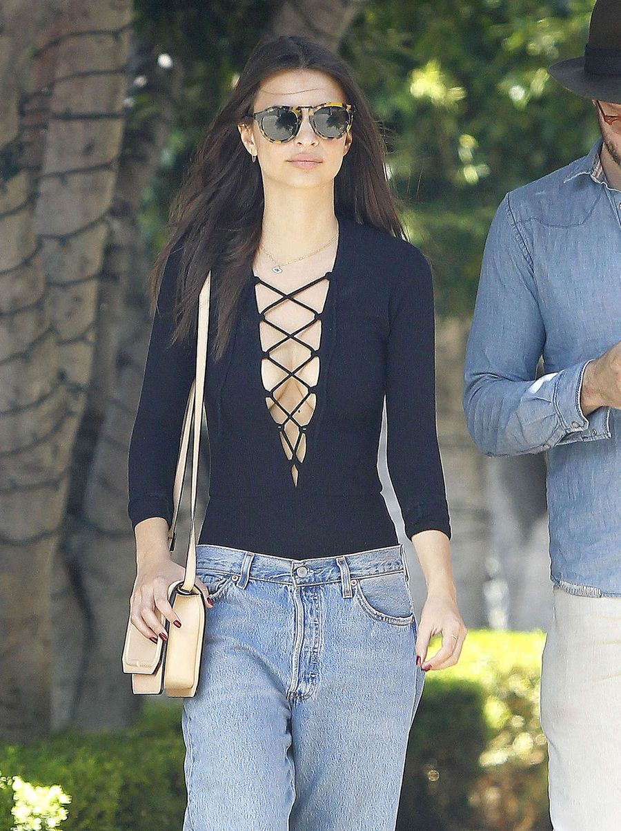Emily Ratajkowski Comes Out in Lace-Up Top