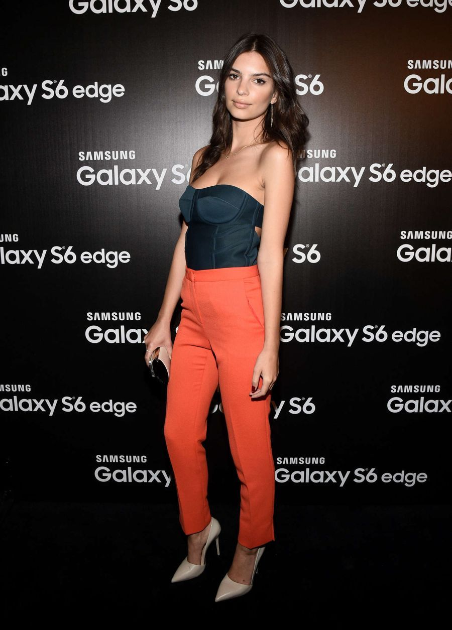 Emily Ratajkowski Rocks the Samsung Studio Launch