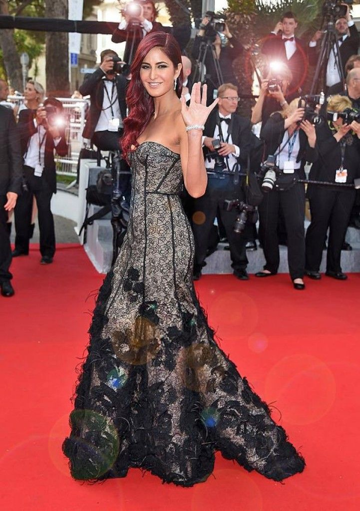 Poses on the Red Carpet at Cannes 2015 : Bollywood Celebs - Fropky.com ...