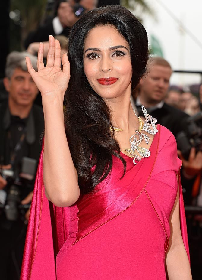 Mallika Sherawat arrives in Cannes 2015