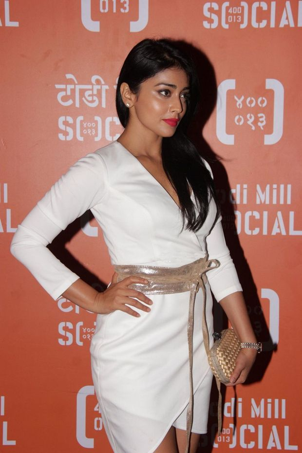 Shriya Saran grace the launch of 'Todi Mill Social'